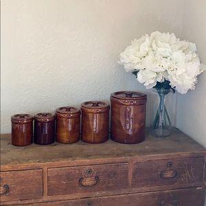 Stunning set of 5 ceramic food storage jars